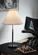 352 Bordlampe Messing/Sort